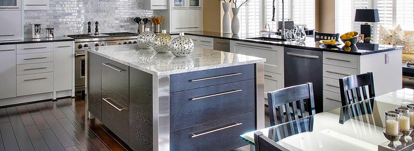 Стеклянный раздвижной стол для кухни: выбираем оптимальный вариант для интерьера