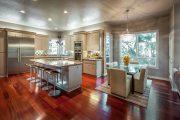 Фото 2 Стеклянный раздвижной стол для кухни: выбираем оптимальный вариант для интерьера