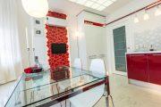 Фото 8 Стеклянный раздвижной стол для кухни: как выбрать и купить идеальную модель? Советы экспертов