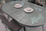 Фото 13 Стеклянный раздвижной стол для кухни: выбираем оптимальный вариант для интерьера