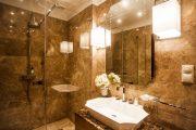 Фото 37 Трап для душа в полу под плитку: лучшее решение для современной ванной комнаты