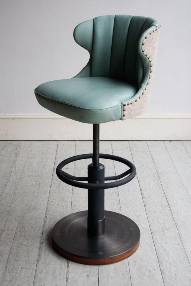 Круглая подставка для ног в стуле с регулируемой высотой