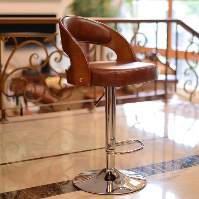 Классический барный стул с хромированным основанием и системой газлифт