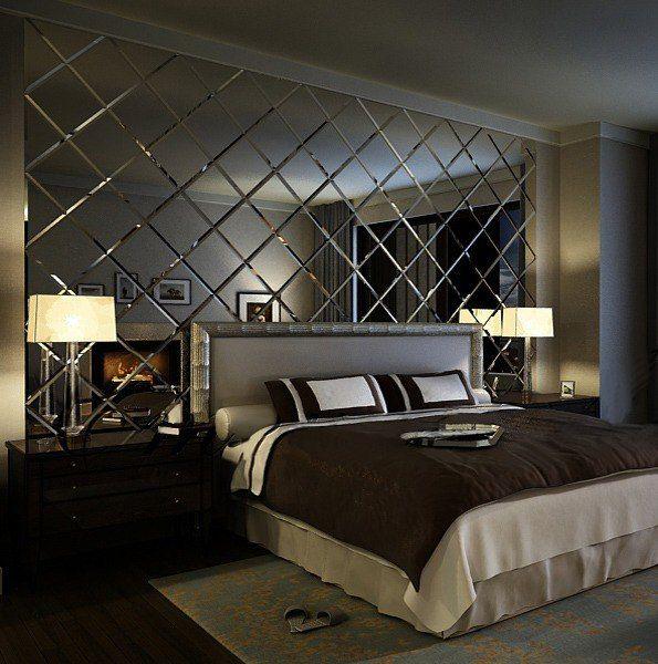 Зеркальные фацетные витражи украшают современную спальню