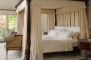 Фото 17 Французская кровать: трендовые модели и 80 утонченных интерьерных идей для спальни