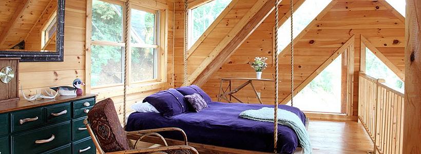 Стоит ли ставить кровать изголовьем к окну? Плюсы, минусы и 80 комфортных реализаций