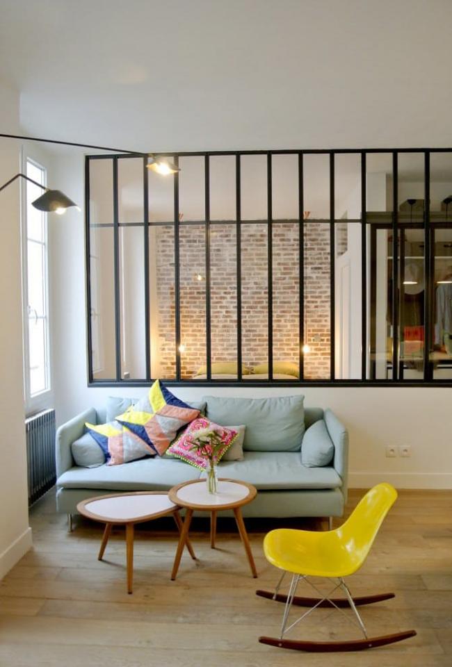 Прямоугольный диван - универсальная модель в интерьере гостиной