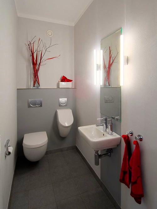 Полуавтоматический писсуар в ванной комнате