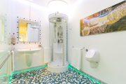 Фото 29 Писсуар для ванной комнаты: особенности выбора, подвода воды и монтажа