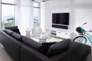 Фото 16 Полка для телевизора на стену: как сделать правильный выбор и 70 современных реализаций