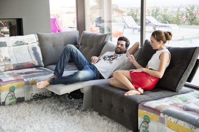 TV-положение кресла с углом наклона 110 градусов. Такая позиция удобна и полезна при просмотре телевизора и отдыхе