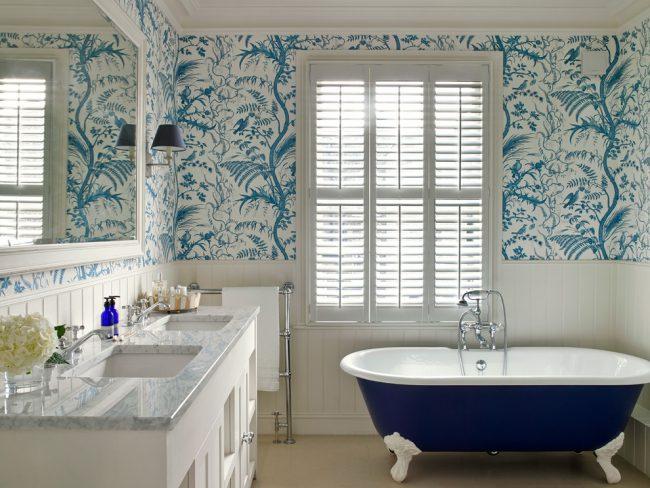 Естественное освещение отлично подойдет для ванной комнаты и обеспечит максимальный комфорт