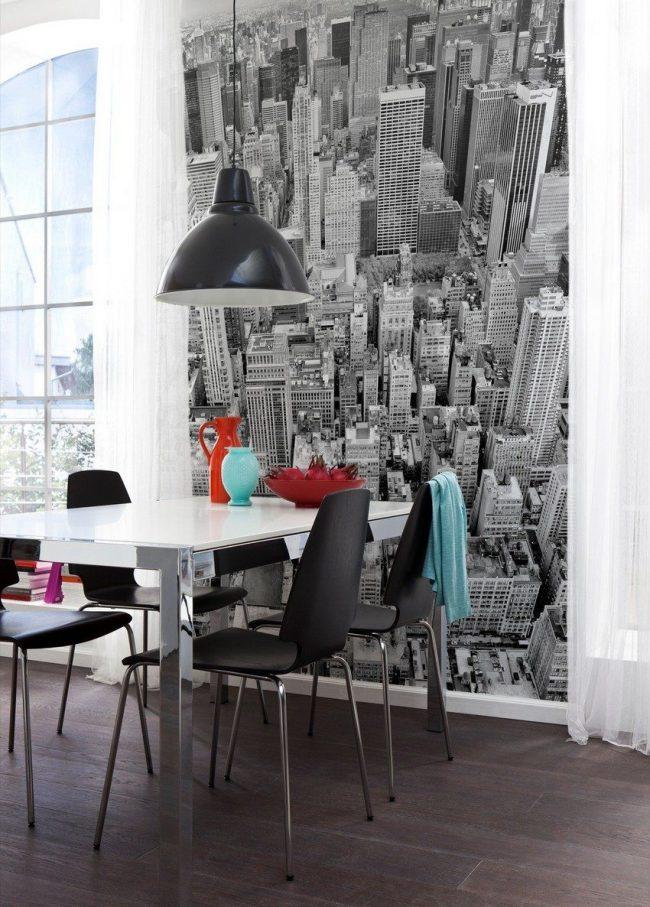 Черно-белые фотообои с изображением мегаполиса - тренд в оформлении интерьера сегодня