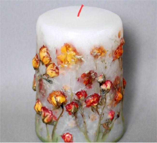 Классическая широкая свеча с сухоцветами