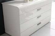 Фото 11 Белые глянцевые комоды: 70+ моделей, воплощающих стиль и интерьерный пуризм