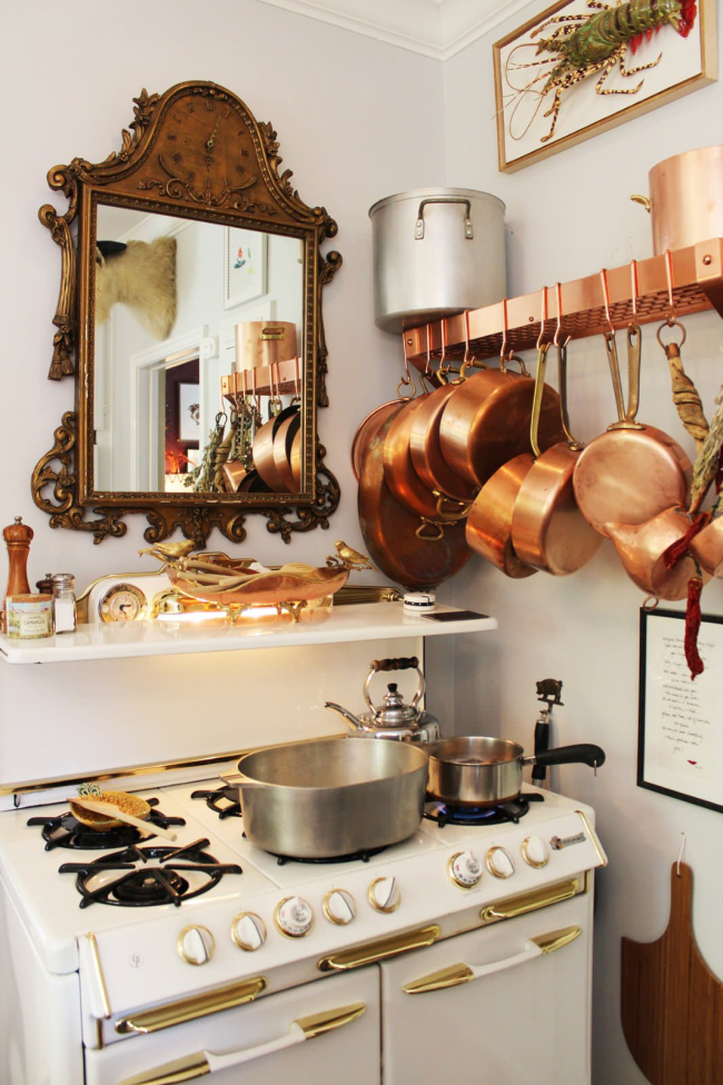 Посуда с медным покрытием смотрится очень стильно