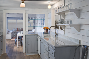 Фото 10 Кухня без верхних шкафов: 75+ функциональных интерьеров для тех, кто устал от кухонной классики