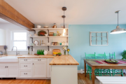 Фото 19 Кухня без верхних шкафов: 75+ функциональных интерьеров для тех, кто устал от кухонной классики
