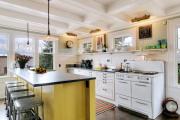 Фото 20 Кухня без верхних шкафов: 75+ функциональных интерьеров для тех, кто устал от кухонной классики