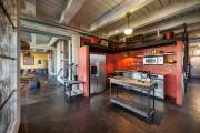 Фото 32 Кухня без верхних шкафов: 75+ функциональных интерьеров для тех, кто устал от кухонной классики