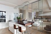 Фото 5 Межкомнатные перегородки из стекла: 80 дизайнерских вариантов зонирования квартиры