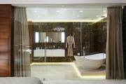 Фото 7 Межкомнатные перегородки из стекла: 80 дизайнерских вариантов зонирования квартиры