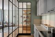 Фото 8 Межкомнатные перегородки из стекла: 80 дизайнерских вариантов зонирования квартиры