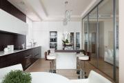 Фото 15 Межкомнатные перегородки из стекла: 80 дизайнерских вариантов зонирования квартиры