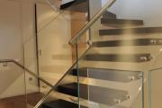 Фото 2 Перила из нержавеющей стали: 80+ универсальных вариантов для современных интерьеров