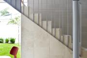Фото 5 Перила из нержавеющей стали: 80+ универсальных вариантов для современных интерьеров