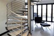 Фото 23 Перила из нержавеющей стали: 80+ универсальных вариантов для современных интерьеров