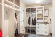 Фото 7 Угловой шкаф в коридор: выбираем оптимальное решение и определяемся с габаритами