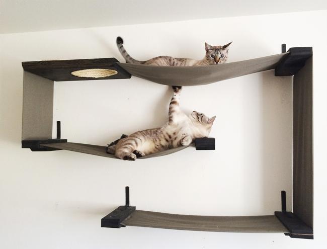 Подвесной гамак для кошки с креплением на стену