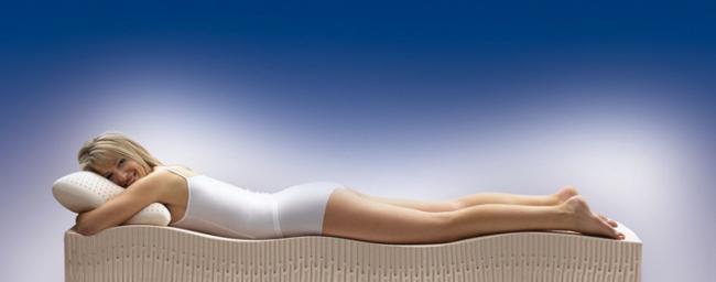 Ортопедический матрас обеспечивает равномерное распределение нагрузки по зонам жесткости