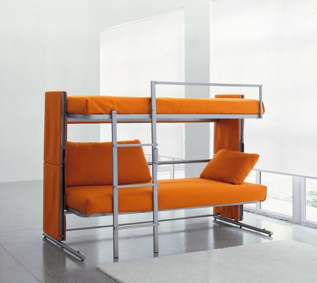 Диван трансформер в двухъярусную кровать - бюджетное решение для тех, кто любит часто принимать гостей