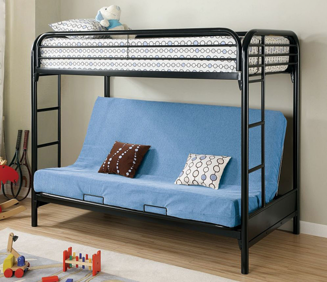 Двухъярусная кровать с диваном внизу с металлическим каркасом обладает повышенной прочностью
