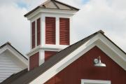 Фото 8 Флюгер на крышу: финальный штрих для стильного экстерьера вашего дома