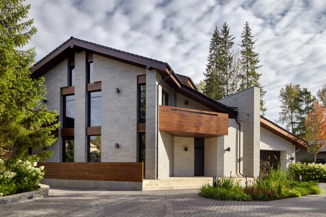 Красивый загородный особняк в современном стиле