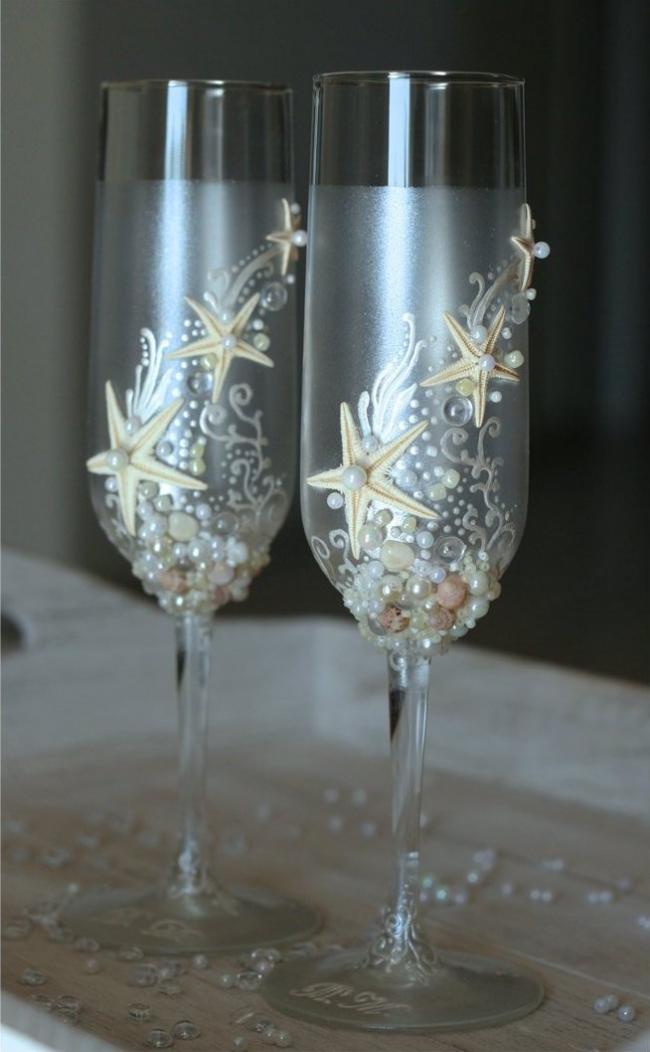 Стеклянные фужеры для шампанского с отделкой ручной работы
