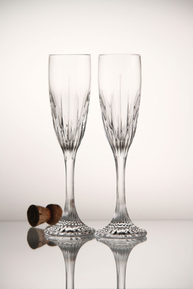 Хрустальные фужеры для шампанского с отделкой оснований ножки бокала