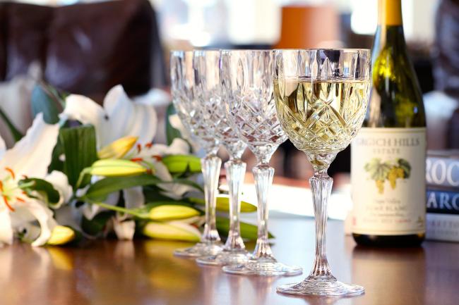 Невероятно нежные хрустальные фужеры для шампанского