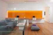 Фото 8 Глянцевая мебель для гостиной: придаем интерьеру акцентность и особый лоск