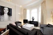 Фото 21 Глянцевая мебель для гостиной: придаем интерьеру акцентность и особый лоск