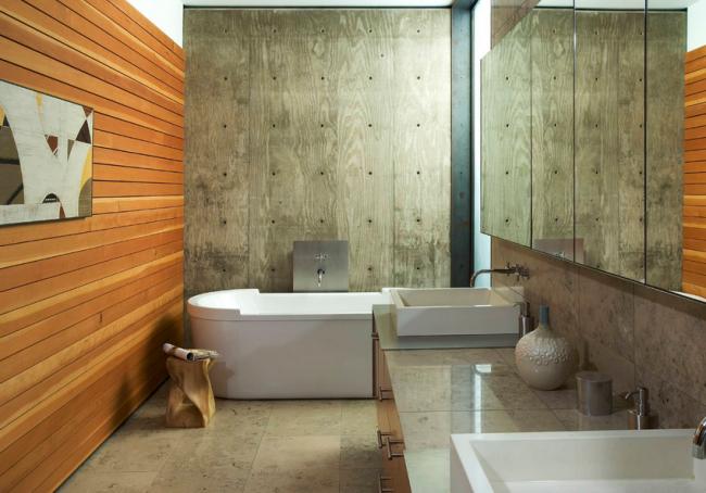 Горизонтальные тонкие ламели имитации бруса в отделке стен ванной комнаты