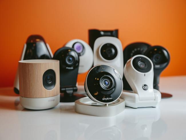 Благодаря широкому ассортименту камер видеонаблюдения можно выбрать модель, подходящую как по цене, так и по характеристикам