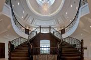 Фото 18 Лестница на второй этаж (120 фото): современные варианты оформления в частном доме