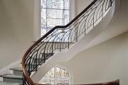 Фото 15 Лестница на второй этаж (120 фото): современные варианты оформления в частном доме