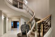 Фото 58 Лестница на второй этаж (120 фото): современные варианты оформления в частном доме