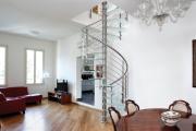 Фото 28 Лестница на второй этаж (120 фото): современные варианты оформления в частном доме