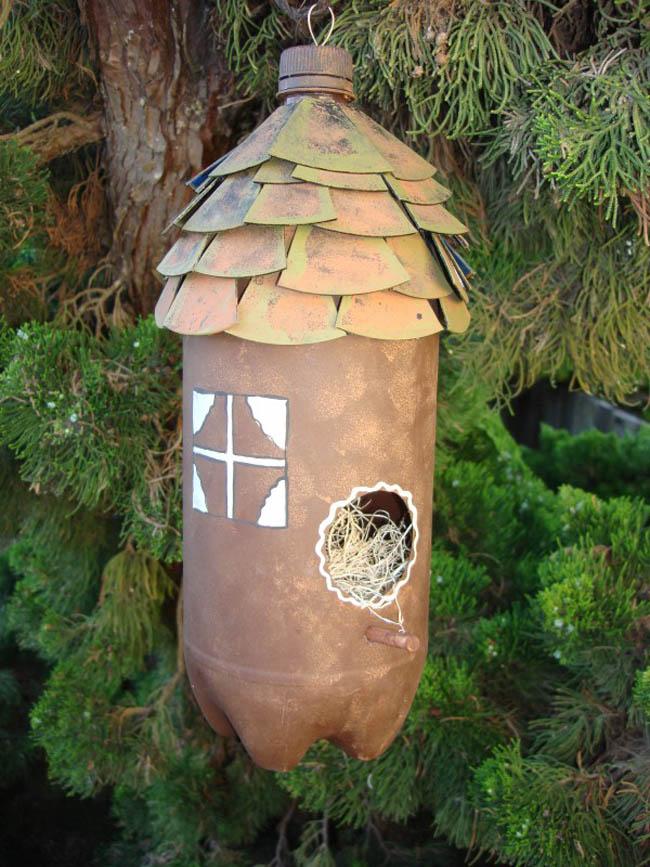 Скворечник для птиц из пластиковой бутылки сделать очень просто